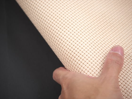 ヌメ革タンロー メッシュ型押し 半裁